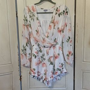 J for Justify Romper Floral Print, Size Large